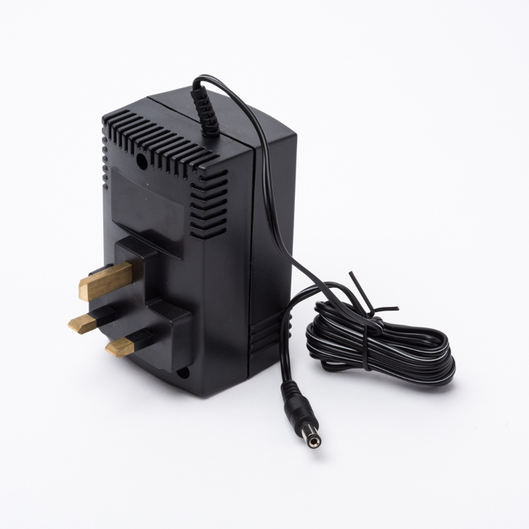 Compact Instruments SIPP/AC1 – UK 230V AC Charger 5V Units Only
